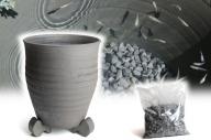 三河焼の職人が作るめだか鉢(水瓶 手造り 10号 いぶし) H100-022