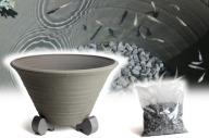 三河焼の職人が作るめだか鉢(めだかの池 手造り 13号 いぶし) H100-026