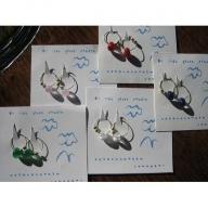 01E-047 ドロップ型ガラスのイヤリング