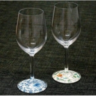 A80-10【有田焼のグラスで】ミュゼグラス有田焼 菊唐草・色絵花唐草2点セット【おもてなし上手に】