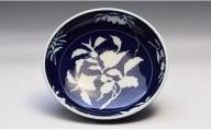 A75-20 深川製磁 草花折枝白抜紋 盛鉢