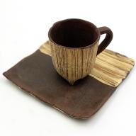 E−126.刷毛目三つ足カップ&ソーサー(茶)