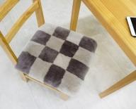 奈良 マスダ製 ムートン座布団2枚組 チェック柄 40cm×40cm 毛長25mm 羊毛皮 高級 スプリングラム 贅沢 100%使用 通年使用可能