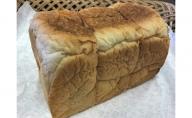 笑えるほど美味しい期間限定食パンとぶどうパンセット