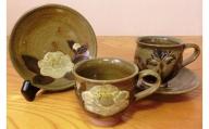 CS002 ★癒しの花紋★白石焼・瀧水窯の「コーヒーカップとソーサー」
